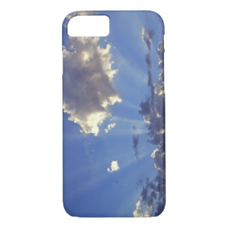 USA, Oregon, Bend. Sun rays fill the sky near iPhone 8/7 Case