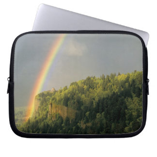 USA, Oregon, Columbia River Gorge National Laptop Sleeve