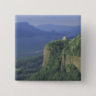 USA, Oregon, Columbia River Gorge NSA. View of 15 Cm Square Badge