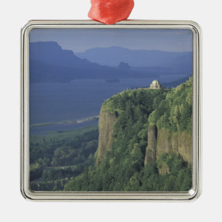 USA, Oregon, Columbia River Gorge NSA. View of Christmas Ornament