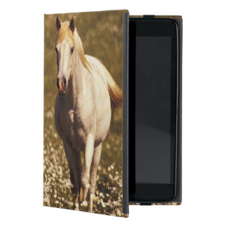 USA, Oregon. Horse in a field of daisies Case For iPad Mini