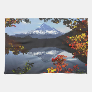 USA, Oregon, Mt. Hood National Forest. Tea Towel