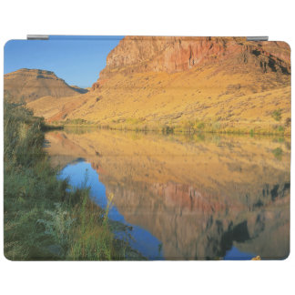 USA, Oregon, Owyhee River Canyon iPad Cover