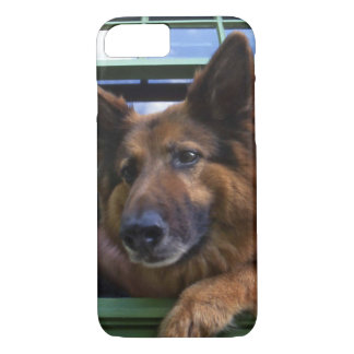 USA, Oregon, Portland. Griff the long-hair iPhone 8/7 Case