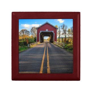 USA, Oregon, Scio, Shimanek Bridge 2 Gift Box