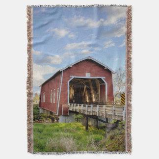 USA, Oregon, Scio, Shimanek Bridge Throw Blanket