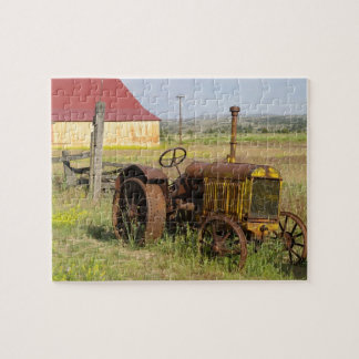 USA, Oregon, Shaniko. Rusty vintage tractor in Jigsaw Puzzle