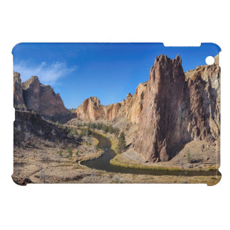 USA, Oregon, Smith Rock State Park iPad Mini Cover