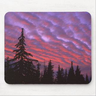 USA, Oregon, Three Sisters Wilderness, Vivid Mouse Pad