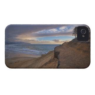 USA, Oregon, Tillamook County, Cape Kiwanda and iPhone 4 Case-Mate Case