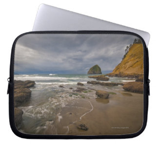 USA, Oregon, Tillmook County, Beach with Laptop Sleeve