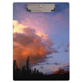 USA, Oregon, Umpqua National Forest. Storm 2 Clipboard