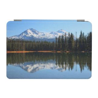 USA, Oregon, Willamette National Forest 2 iPad Mini Cover