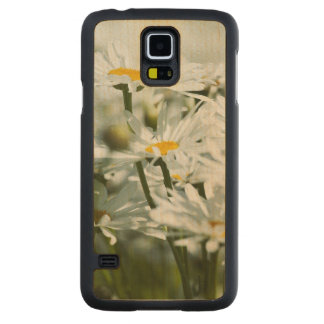 USA, Oregon, Willamette Valley, Selective Carved Maple Galaxy S5 Case