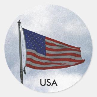 USA ROUND STICKER