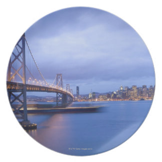 USA, San Francisco, City skyline with Golden 2 Plate