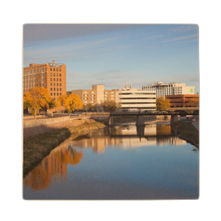 USA, South Dakota, Sioux Falls, City Skyline Wood Coaster
