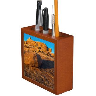 USA, Utah, Moab, Sandstone Desk Organiser