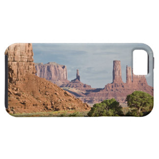 USA, Utah, Monument Valley Navajo Tribal Park. Tough iPhone 5 Case