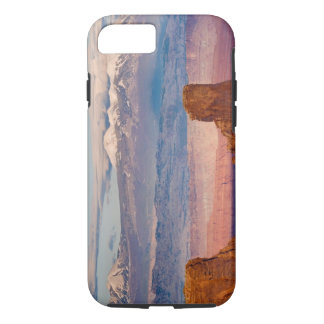 USA, Utah. Scenic of La Sal Mountains from Dead iPhone 8/7 Case