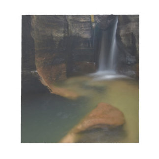 USA, Utah, Zion National Park.  Keyhole Falls in Notepad