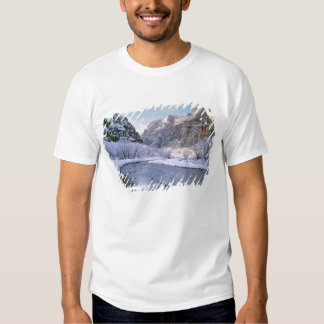 USA, Utah, Zion NP. New snow covers the canyon Shirt