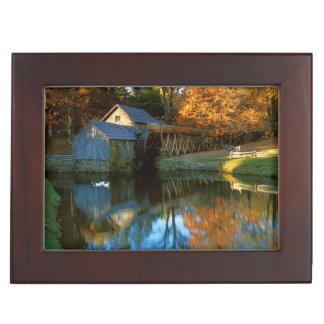 USA, Virginia, Blue Ridge Parkway, Mabry Mill Keepsake Box