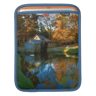 USA, Virginia, Blue Ridge Parkway, Mabry Mill Sleeve For iPads