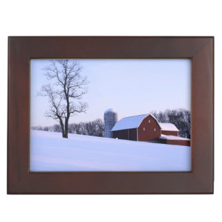 USA, Virginia, Shenandoah Valley, Barn Keepsake Box
