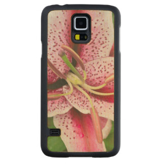 USA, Washington, Bellevue, Lily Carved Maple Galaxy S5 Case