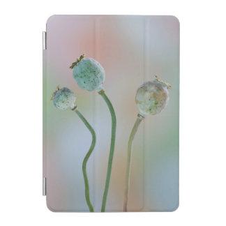 USA, Washington. Close-Up Of Colorful Poppy Seed iPad Mini Cover