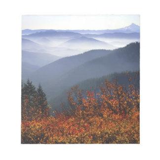 USA, Washington, Columbia River Gorge National Notepad