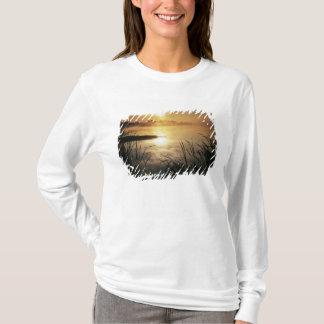 USA, Washington, Lopez Island, Morning fog on T-Shirt