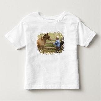 USA, Washington, Malaga, Unmounted cowboy Toddler T-Shirt