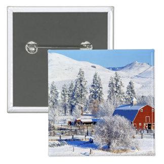 USA, Washington, Methow Valley, Barns in 15 Cm Square Badge