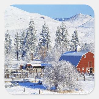 USA, Washington, Methow Valley, Barns in Sticker