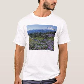 USA, Washington Mt. Adams Wilderness, Meadows T-Shirt