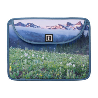 USA, Washington, Mt. Rainier National Park 4 Sleeve For MacBook Pro
