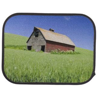 USA, Washington, Old Red Barn in the Spring Car Mat