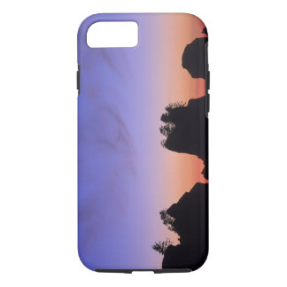 USA, Washington, Olympic National Park, Shi-shi iPhone 8/7 Case