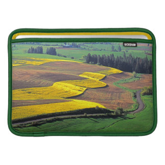USA, Washington, Palouse, Whitman County 2 MacBook Sleeve
