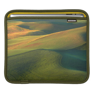 USA, Washington, Palouse, Whitman County iPad Sleeve