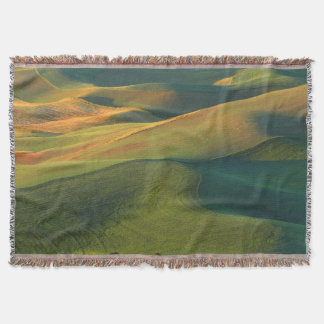 USA, Washington, Palouse, Whitman County Throw Blanket