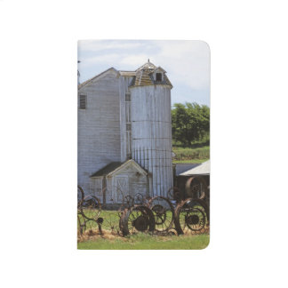USA, Washington, Pullman, Barn Journal