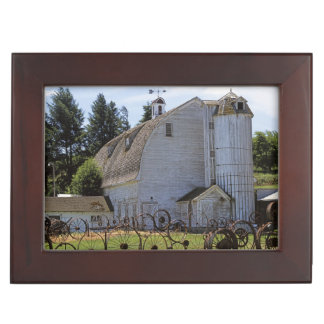 USA, Washington, Pullman, Barn Keepsake Box