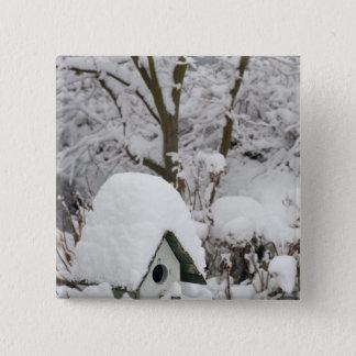 USA, Washington, Seabeck. Close-up of bird house 15 Cm Square Badge