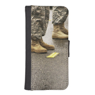 USA, Washington State, Issaquah, Salmon Day's iPhone SE/5/5s Wallet Case
