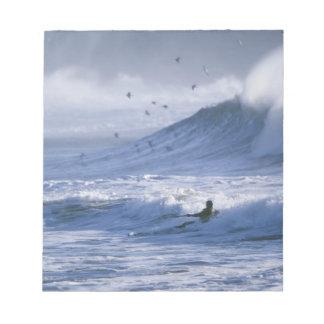 USA, Washington State, La Push. Man kayak Notepads