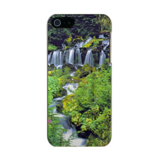 USA, Washington State, Mt Adams Wilderness. Twin Incipio Feather® Shine iPhone 5 Case