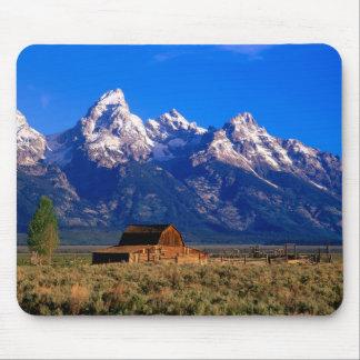 USA, Wyoming, Grand Teton National Park, Morning Mouse Mat